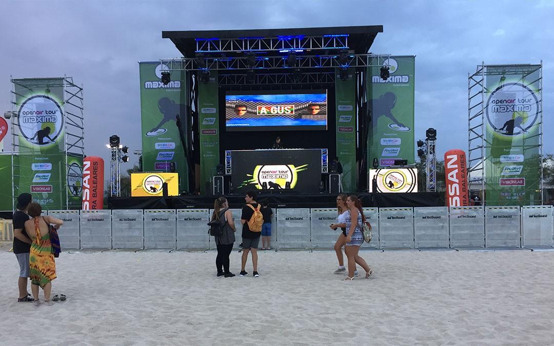 camion-escenario-playa-4